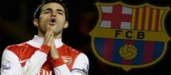 Fabregas thừa nhận HLV Barca là thần tượng