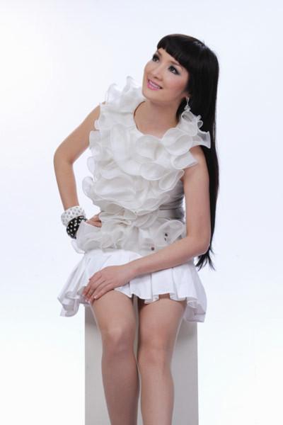 Thường xuyên xuất hiện tại các event, sự kiện thời trang của TP HCM, Giáng My luôn cho thấy gu ăn mặc sành điệu và phong cách trẻ trung.