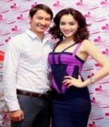 Huy Khánh tình tứ bên Trang Nhung