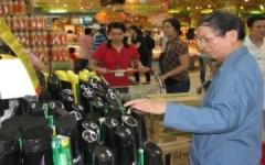 Lạm phát khiến người Việt càng khó yêu hàng nội