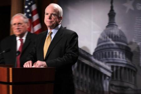 Thượng nghị sĩ John McCain. Ảnh: AFP.