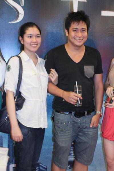 Tối 14/6, Minh Tiệp đưa vợ đi xem bộ phim 3D Hollywood có đề tài về ma cà rồng, 'Priest'. Ảnh: Lương Trần.