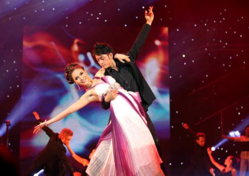 Liveshow 10 năm ca hát của Mỹ Tâm diễn ra tại TP HCM và Hà Nội nhận nhiều lời khen ngợi từ khán giả và giới chuyên môn. Ảnh: Lý Võ Phú Hưng.