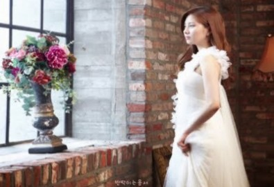 Ngắm sao Hàn lộng lẫy trong váy cưới (P1)