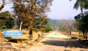 Ngôi đền Preah Vihear bình yên trước giao tranh
