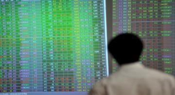 Nhà đầu tư bán mạnh cổ phiếu, 2 sàn đồng loạt giảm điểm