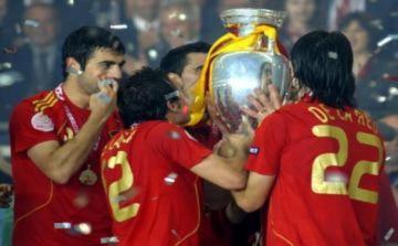 Nhà vô địch Euro 2012 sẽ nhận số tiền thưởng hấp dẫn
