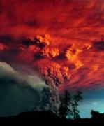 """Núi lửa Chile """"choàng tỉnh"""" dữ dội"""