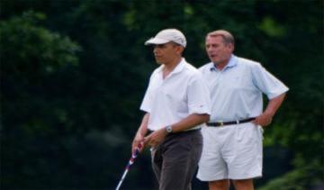 Obama thắng 2 USD nhờ chơi golf