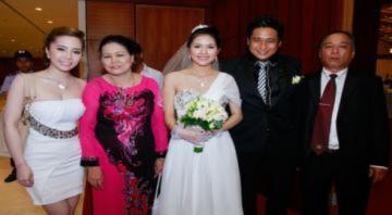 Quỳnh Nga tiễn Minh Tiệp đi lấy vợ