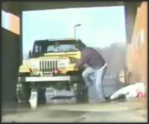 Rửa xe hay rửa...người