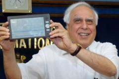 Tablet giá siêu rẻ 35 USD của Ấn Độ xuất xưởng