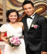 Thanh Ngọc tươi cười hạnh phúc trong đám cưới