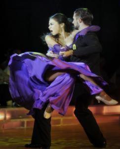 Thu Minh quên buồn dồn sức cho Bước nhảy hoàn vũ