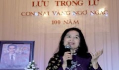 Trà Giang rơi nước mắt nhớ Lưu Trọng Lư