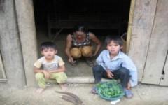 'Trợ cấp cho hộ nghèo quá nhỏ bé so với lạm phát tại VN'