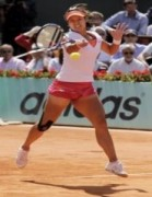 Vượt qua Sharapova, Li Na vào chung kết đơn nữ Pháp mở rộng