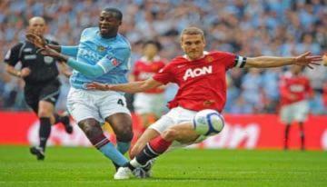 Yaya Toure là cầu thủ châu Phi nhận lương cao nhất thế giới