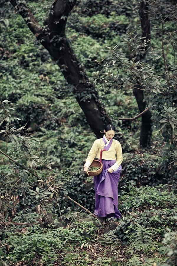 Mỹ nữ SM đẹp dịu dàng giữa chốn rừng núi 5