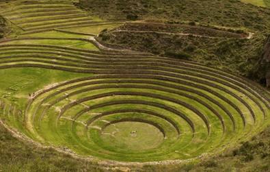 Quần thể ruộng bậc thang bí ẩn ở Peru