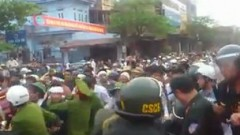 Vụ chết người ở Vĩnh Yên khiến đông đảo của người dân đối mặt với công an