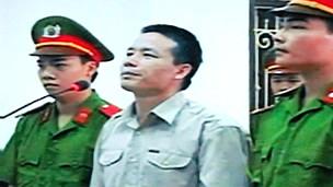 Ông Vươn nói quyết định của Ủy ban Nhân dân huyện Tiên Lãng là vi hiến, trái pháp luật