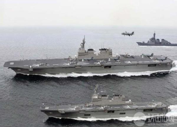 Chưa hết, hỏa lực phòng không của 22DDH được cho là gồm tổ hợp phòng không tầm gần Phalanx và tổ hợp tên lửa đối không tầm gần SeaRAM. Với vũ khí như vậy nên khi hoạt động 22DDH cần đội tàu hộ tống hùng hậu để chống lại mối đe dọa trên biển.