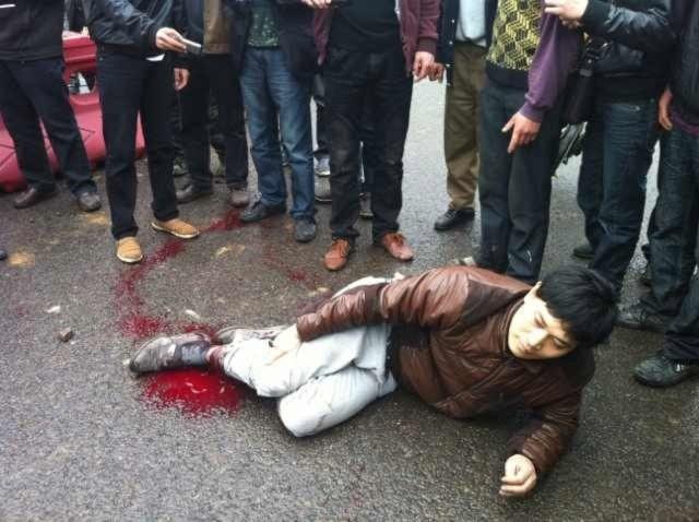 Hình ảnh 10.000 người biểu tình tại Trùng khánh- Trung Quốc - Tin180.com (Ảnh 11)