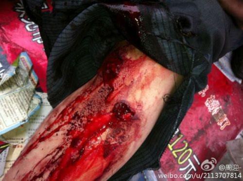 Hình ảnh 10.000 người biểu tình tại Trùng khánh- Trung Quốc - Tin180.com (Ảnh 8)
