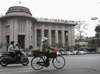 Ngân hàng Nhà nước Việt Nam. REUTERS/Kham
