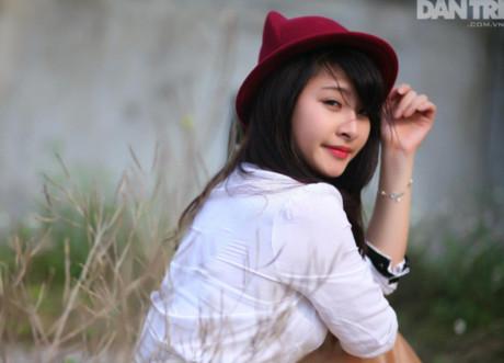 Thiếu nữ xinh đẹp chia sẻ trường Đại học mơ ước