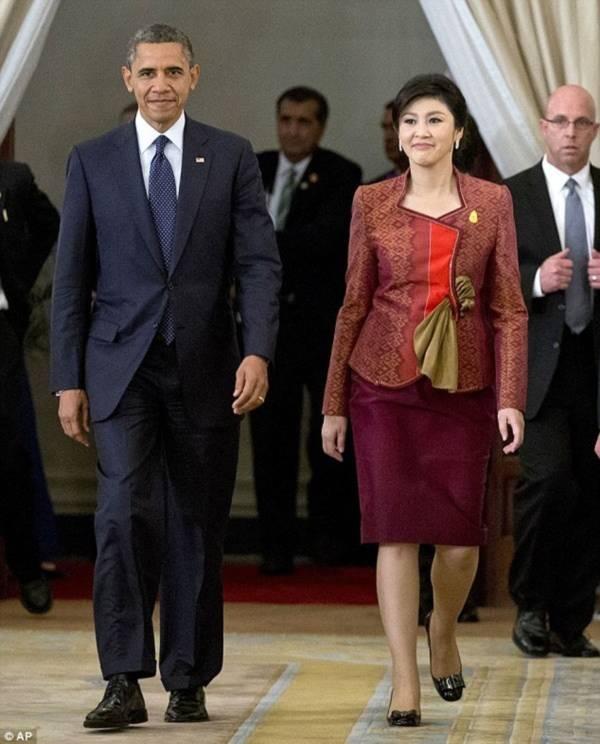 Vẻ đẹp hút hồn của nữ Thủ tướng Thái Lan 11