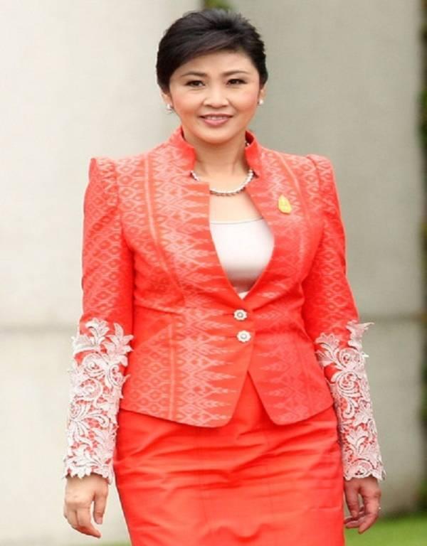 Vẻ đẹp hút hồn của nữ Thủ tướng Thái Lan 7