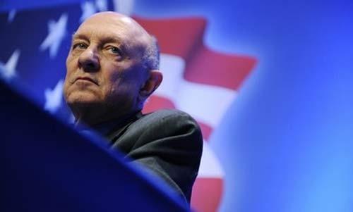 Cựu Giám đốc CIA James Woolsey. (Ảnh: Reuters)