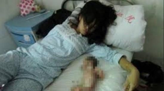 Người phụ nữ này được bồi thường 7 vạn nhân dân tệ sau khi bị cưỡng chế phá thai