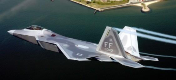 F-22 có tốc độ nhỉnh hơn T-50