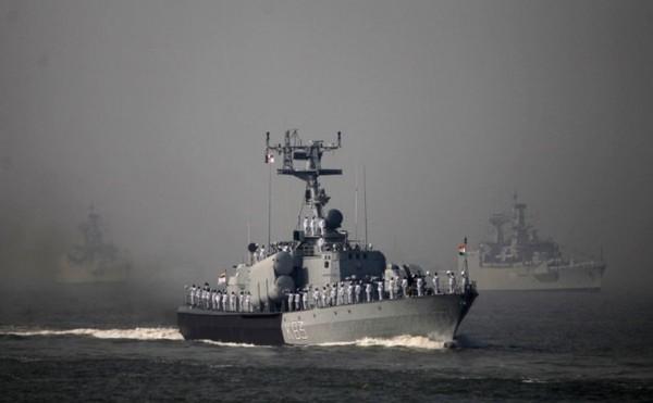 Tàu hộ tống tên lửa của Ấn Độ