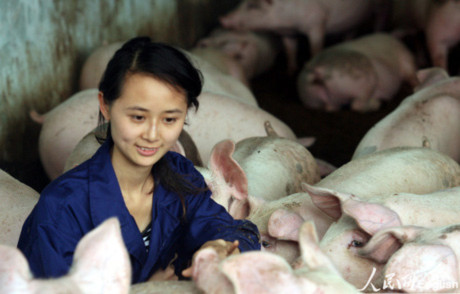 Nghề tạm độc đáo của SV Trung Quốc hòng tránh thất nghiệp