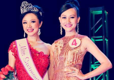 Kim Duyên rạng rỡ khoe sắc bên Tân Hoa hậu.