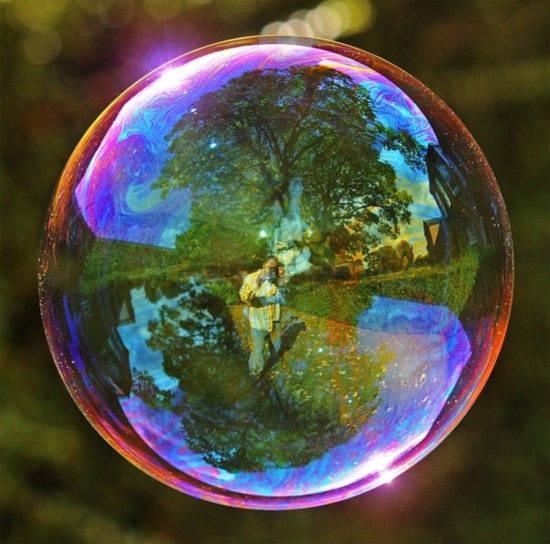 Ảo ảnh kinh ngạc từ bong bóng xà phòng