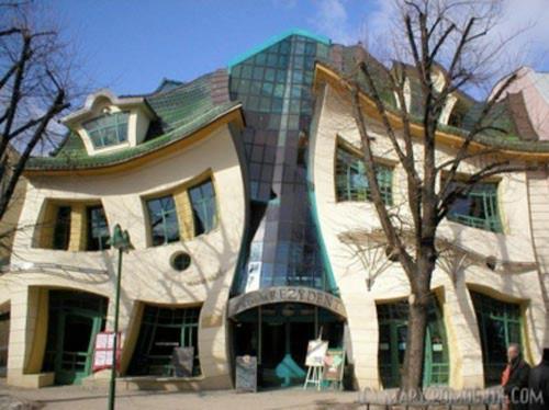 Những ngôi nhà kỳ quặc nhất thế giới - 3