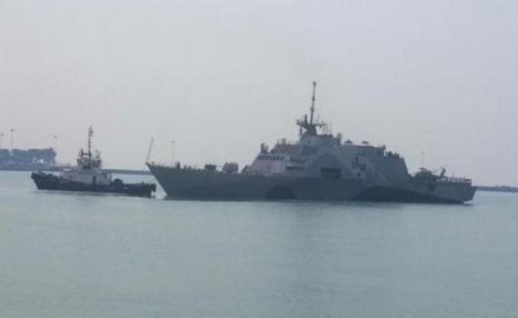 USS Freedom, tàu chiến tuần duyên đầu tiên của Mỹ cập cảng Changi, Singapore tháng 4/2013.