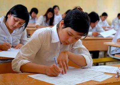 Phó Chủ tịch Nước Nguyễn Thị Doan cho rằng, kết quả tốt nghiệp rất cao, không phản ánh đúng thực chất, không thể lấy kết quả 6 môn thi tốt nghiệp để đánh giá quá trình 12 năm học. Ảnh: 24h.com
