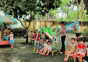 Các cháu Trường Mầm non thị trấn Bút Sơn