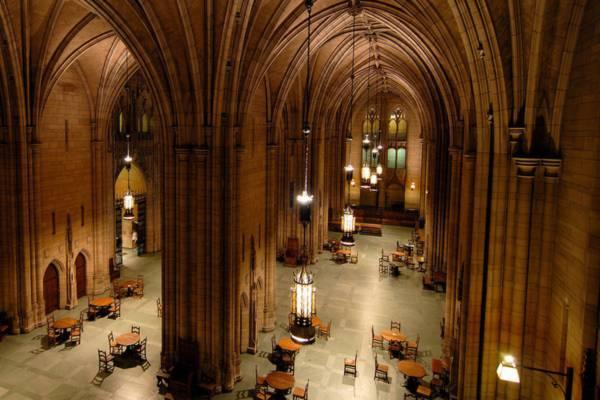 Những địa danh giống hệt trường Hogwarts trong Harry Potter 1