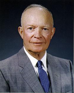 Tướng Eisenhower