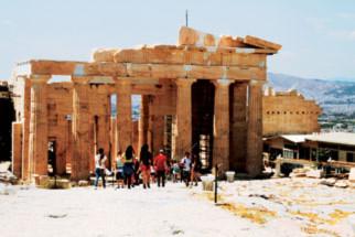 Khám phá kiến trúc đá cổ ở Hy Lạp - 3