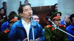 """Bị cáo Dương Chí Dũng: """"Bị cáo được chủ tịch nước và Thủ tướng tặng nhiều bằng khen"""" - Ảnh: Tâm Lụa"""