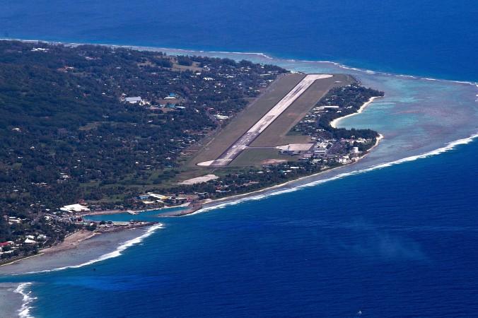 Ảnh mặt bắc của đảo Rarotonga, hòn đảo lớn nhất của quần đảo Cook, ngày 30 tháng Tám, 2012. Đây là một trong những nơi các công ty đầu tư nước ngoài được thiết lập và sử dụng nhằm che chắn của cải, phần lớn là bất hợp pháp, của các nhân vật chóp bu Trung Quốc – theo tin từ một nhóm báo chí.