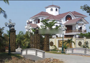 Dinh thự của nguyên Tổng thanh tra Chính phủ Trần Văn Truyền Photo courtesy of motthegioi.vn